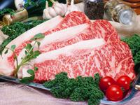 食卓にお肉を